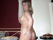 Extravagant mature lady getting undressed