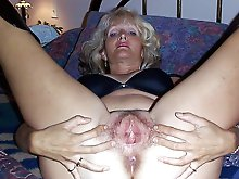Dissolute mature housewives in sexy bra